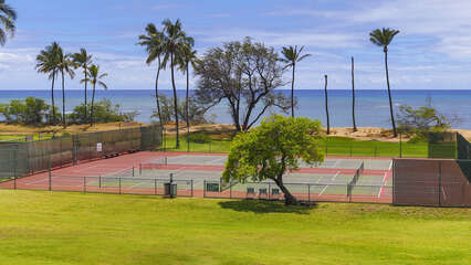 D306 view of Tennis Court and Ocean from Lanai