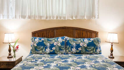B104 King Size Bed