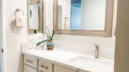 B210 Guest Bathroom