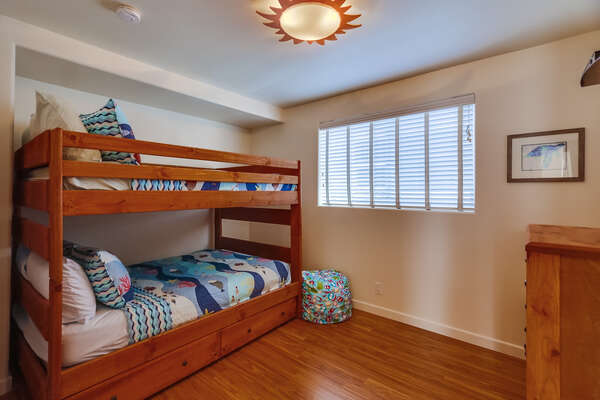 Guest Room with Full Bunk Beds + Twin Trundle & TV