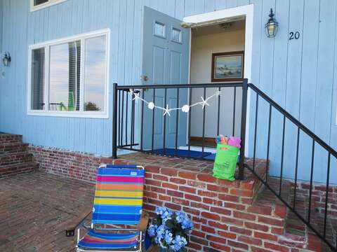 Front entry to 22 Starfish Lane Chatham Cape Cod - New England Vacation Rentals