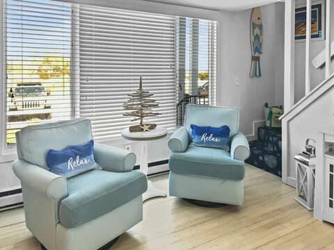 New Comfy Chairs. 22 Starfish Lane Chatham Cape Cod - New England Vacation Rentals