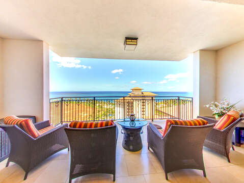 Comfortable Seating for Four on the Lanai