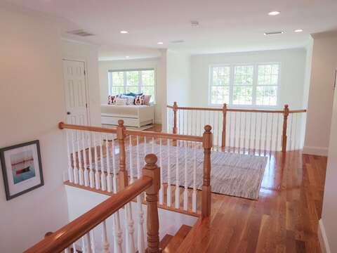 Landing - 5 White Cedar Lane -Orleans- Cape Cod New England Vacation Rentals