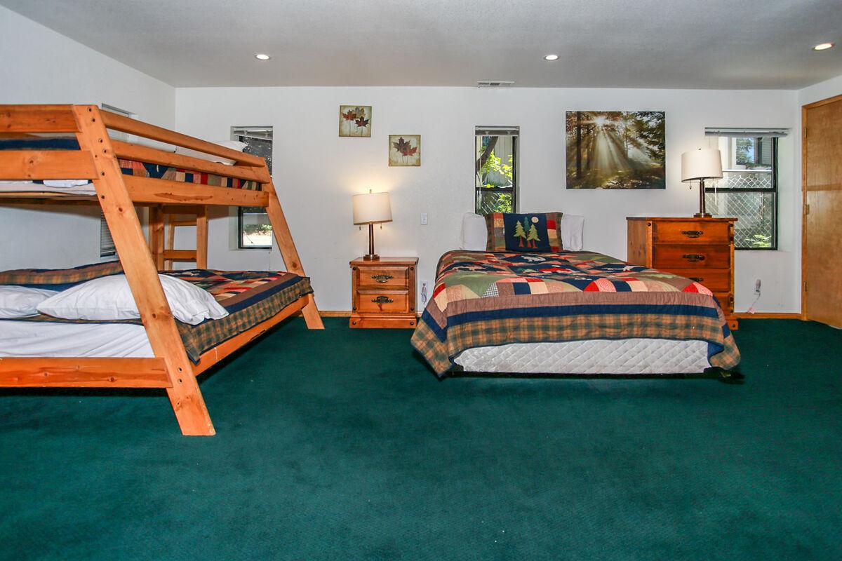 Picture of: Reserve Breezy Estate 114 Big Bear Luxury Cabin Big Bear Vacations Big Bear Vacations