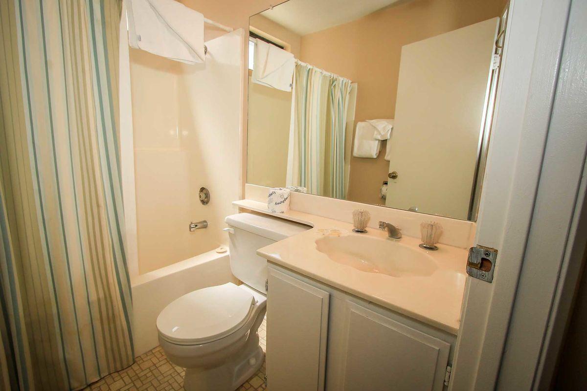 Full Bathroom - Hallway