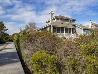 This home is in the perfect location for a beach vacation with easy access to Boardwalk #1