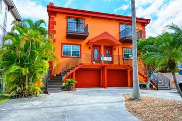 Seaside Villas garden apartment - located in Siesta Key Village a short walk from Crescent Beach on Siesta Key Florida