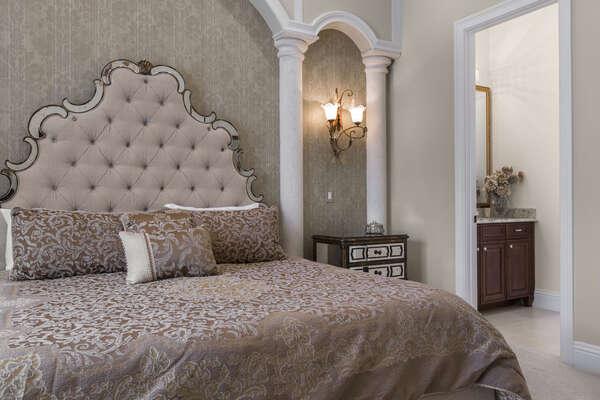 This luxurious suite has an en-suite bathroom
