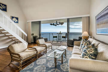 Living area provides an excellent ocean view