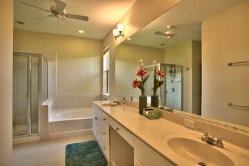 Master Bathroom with Double Sinks, Soaking Tub and Tiles Show