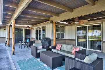 Large Covered Lanai with Comfortable Furnishings