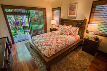 Bedroom 3 with Queen Bed