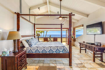 Master bedroom lanai with a King Bed