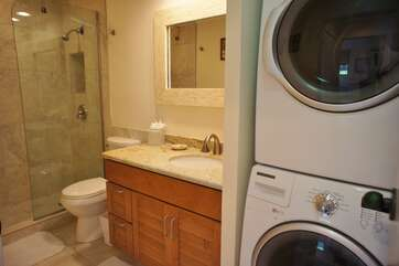Bathroom 2 With Washer And Dryer