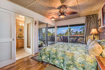 Master Bedroom with King Bed & Private Lanai