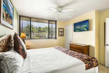 Bedroom with King Bed and Flat-Screen TV and Views of Outside
