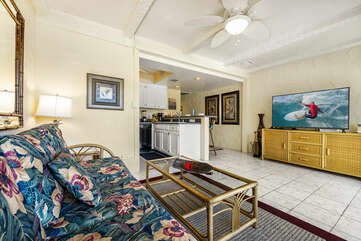 The living room at this oceanfront complex Kona.