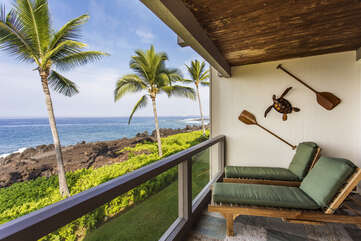 Comfortable Loungers on Ocean Front Lanai