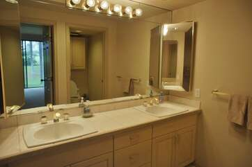 Master Bathroom with duel sinks
