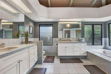 Large Master Bathroom With Double Sinks, Large Tub And Tiled Shower