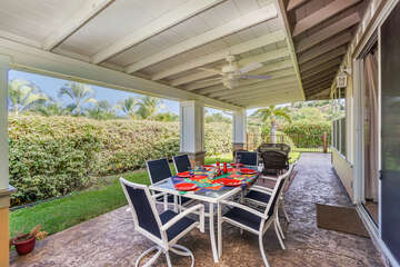 Outdoor dining & BBQ for our kona hawaii vacation rentals