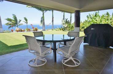 Outdoor Dining Table with Seating for 8