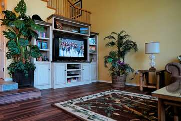 Smart TV with extensive library