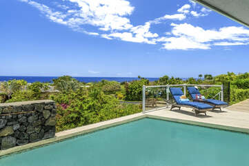 180 Degree Ocean View from the Pool