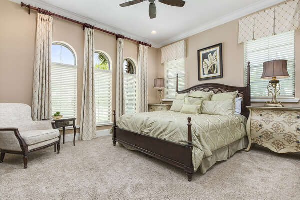 Ground floor bedroom with a king bed