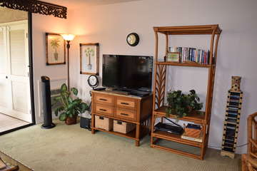 Enjoy the flat screen tv and A/C in the living room