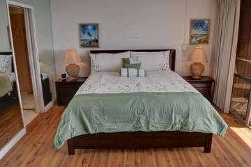 Master bedroom California King bed