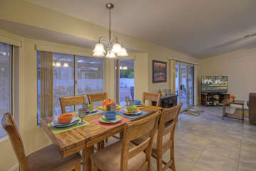 Dining area for 6 has an appreciable outdoor view from many large windows