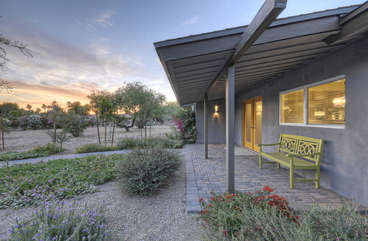Remodeled ranch home near popular Starfire Golf Course in Scottsdale awaits your arrival.