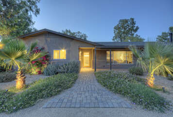 4 BR, 3 BA luxury home on private lot with golf course view awaits your arrival