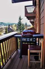 Balcony Deck with Gas Grill