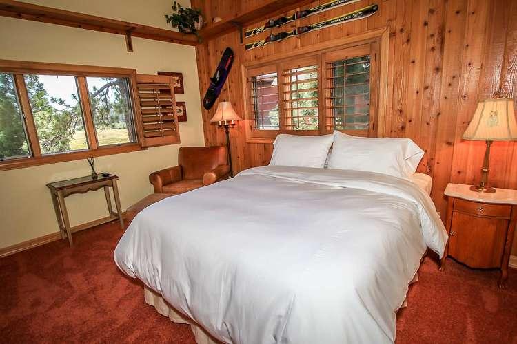 Bedroom 3- Queen Bed- 3rd Level
