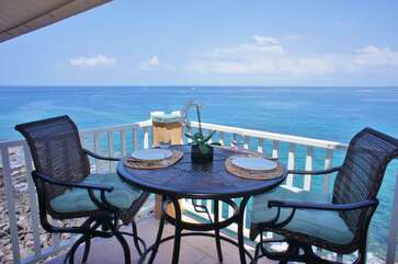 Ocean Front Lanai with Railing Height Table