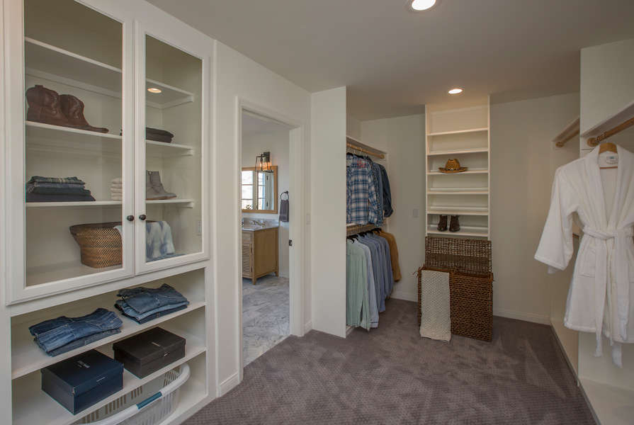 Lots of closet space!