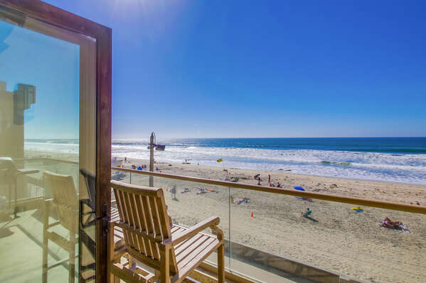 This Mission Beach Vacation Penthouse has an oceanfront deck!