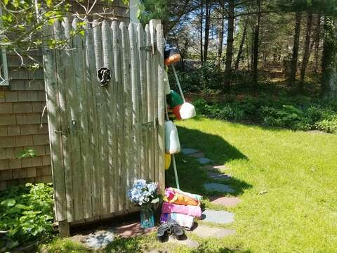 Enclosed outdoor shower with hot and cold water - 19 Old Cart Way Chatham Cape Cod New England Vacation Rentals