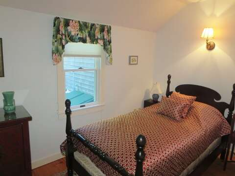 Bedroom #2 has a single twin bed - 19 Old Cart Way Chatham Cape Cod New England Vacation Rentals