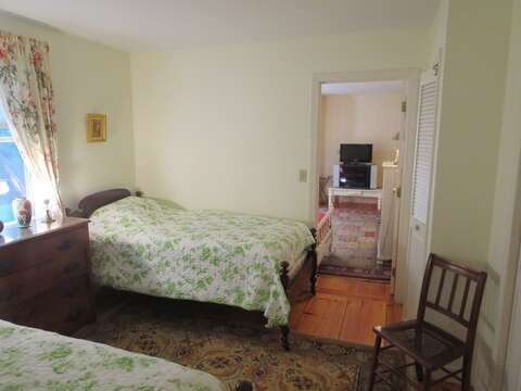 Bedroom #3 has 2 Twin beds - 19 Old Cart Way Chatham Cape Cod New England Vacation Rentals