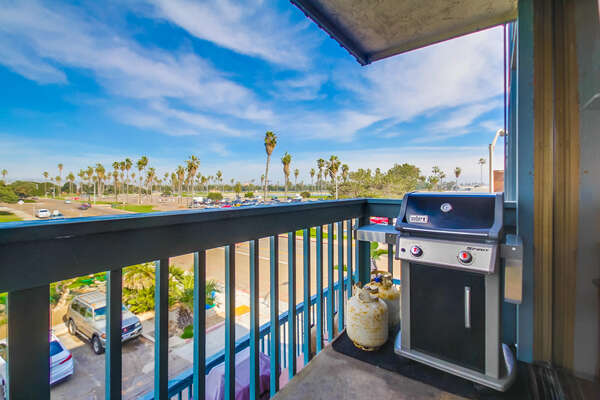 Balcony with BBQ