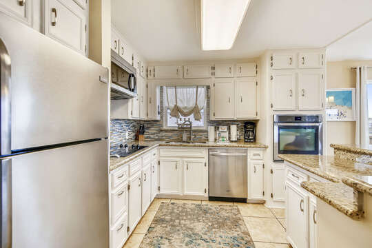 Reel Me In - kitchen with plenty of countertop space