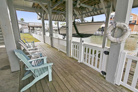 Reel Me In - ground level, canal deck with outside seating
