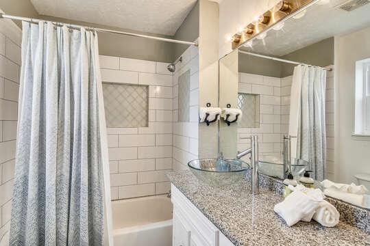 Reel Me In - bunk room ensuite with tub/shower combo & large vanity