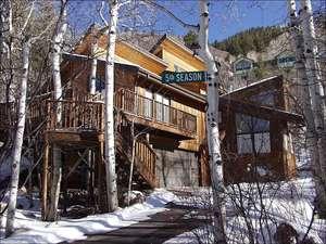 314 Mountain Laurel Dr (202994-2608)