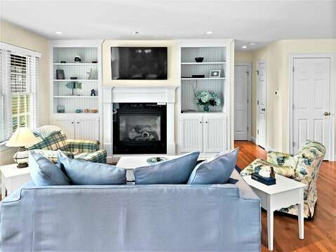 Larger flat screen TV above the fireplace - 24 Sea Mist Lane Chatham Cape Cod New England Vacation Rentals