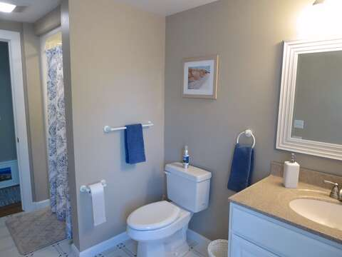 2nd floor bathroom off hall- 5 Sea Breeze Avenue Harwich Port Cape Cod - New England Vacation Rentals